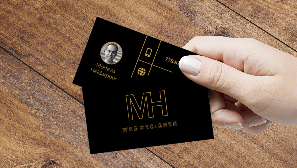 mory-card-mockup-hand
